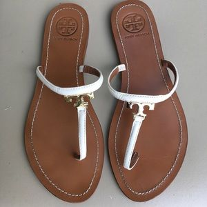 Tory Burch Flat Sandals sz 9 white straps